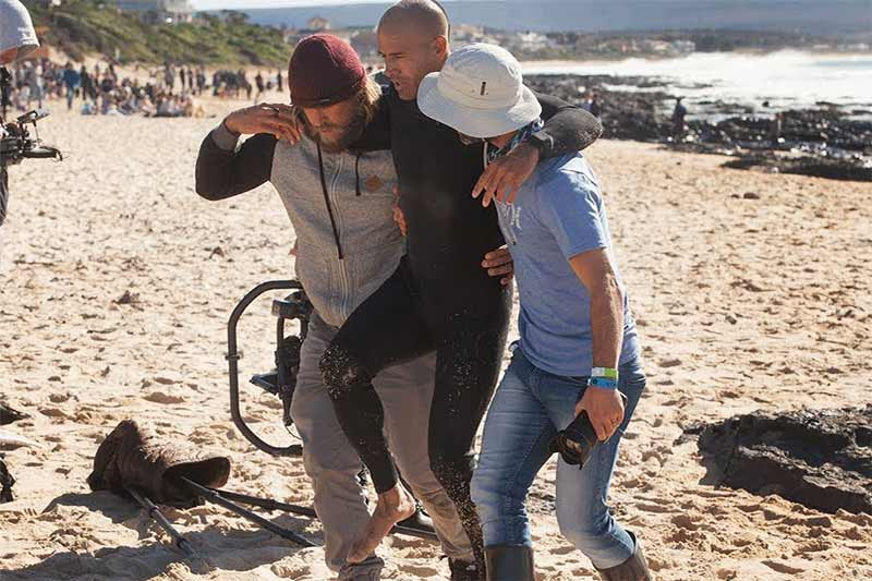 Slater suffers broken foot at J-Bay Open